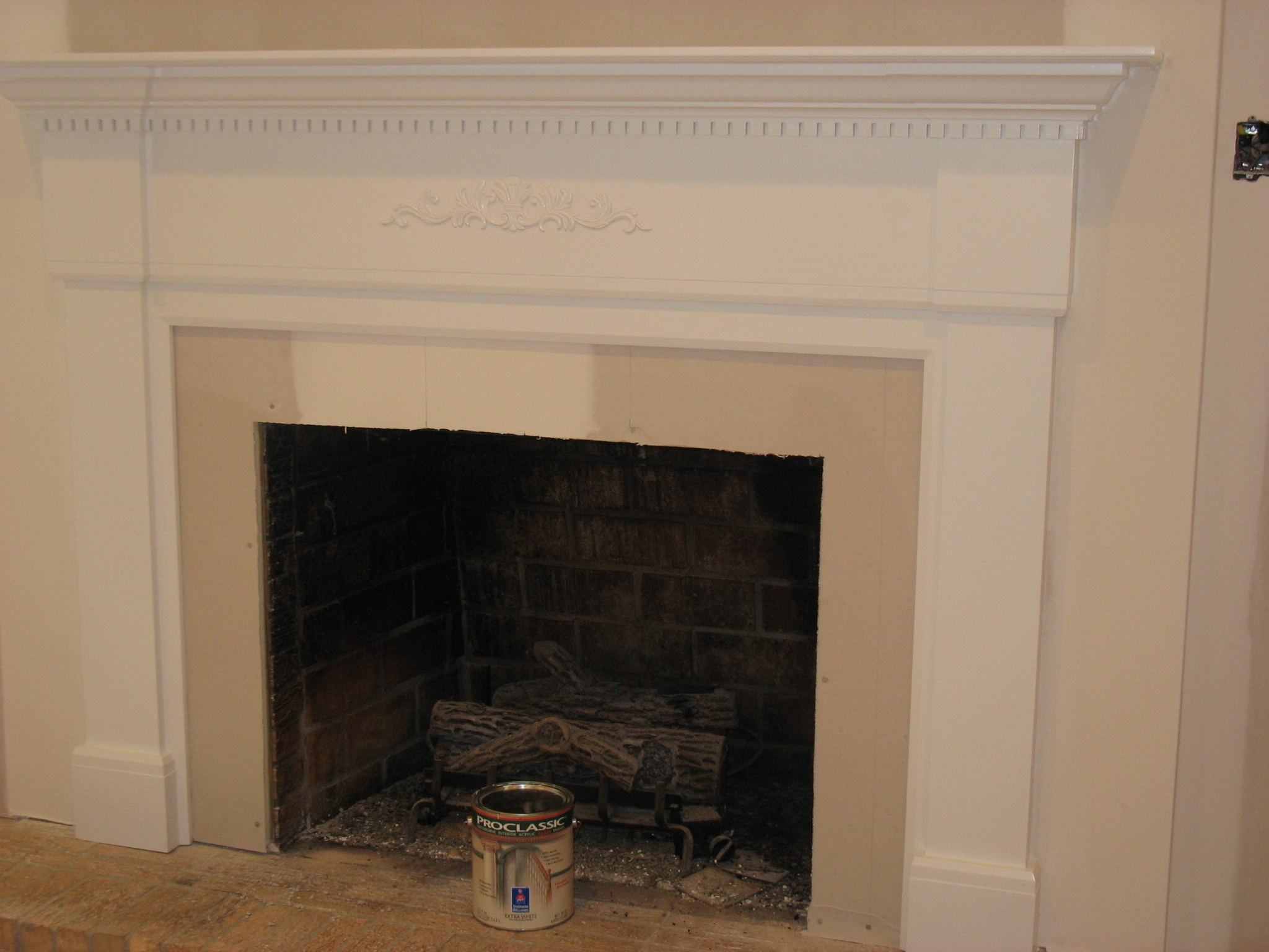 Fireplace mantels viewing gallery - Pictures of fireplace mantels ...